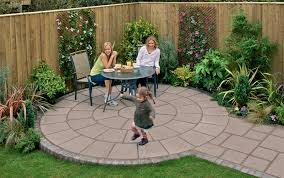 Simple Patio Ideas For Small Backyards Small Backyard Paving Ideas Practical Simple Garden Paving