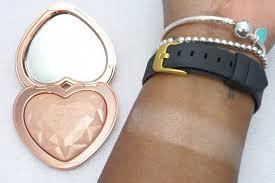 love light prismatic highlighter rose gold highlighters too faced love light prismatic highlighter in