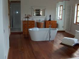 fußbodenheizung badezimmer hausdekorationen und modernen möbeln ehrfürchtiges badezimmer