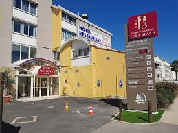 hôtel port gruissan booking