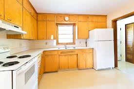 best color to paint kitchen with wood cabinets kitchen color schemes with wood cabinets 30 picture