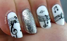 music notes nail design