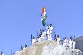 Indian National Flag Hoisting Republic Day Watch Soldiers Raise Tricolor At 18000 Feet In