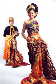 wedding dress batik yellowdemio