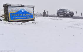 uk weather forecasts arctic blast to bring snow sleet and
