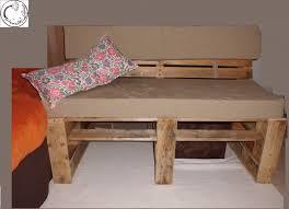 canape palette recup un canapé en palette de chantier pourquoi pas les pissenlits