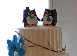 owl wedding cake topper how to make owl cake toppers around the world in 80 cakes