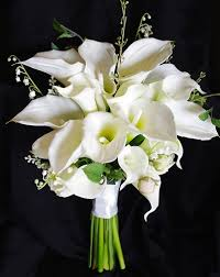 silk calla lilies touch silk calla wedding bouquet