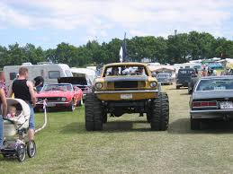 thoughts on jeep comanche grassroots yellow and black mustang trar cute couple found on the web for