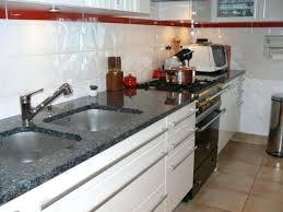 cuisine en marbre cuisine en marbre plans de travail cuisine marbre 1 table cuisine