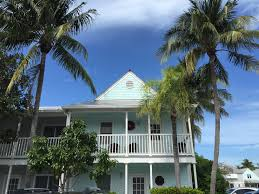 key west vacation rentals with pools