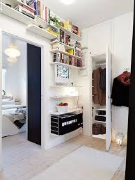 Ceiling Bookshelves by Great Over The Door High Ceiling Bookshelves Shelving System