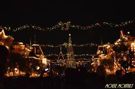 When Is Disney Decorated For Christmas Ultimate Guide To The Holidays At The Disneyland Resort Mouse