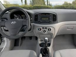 2011 hyundai accent gl 2011 hyundai accent hatchback and sedan review features prices