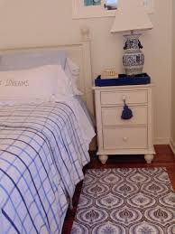 cozy and comfortable how to create a cozy and comfortable home with area rugs