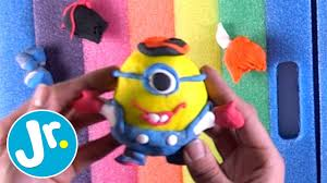 how to make your own minions simple crafts for kids youtube