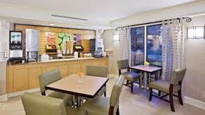 Comfort Suites In Merrillville Indiana Merrillville Indiana Hotel Discounts Hotelcoupons Com