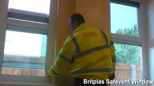 horizontal and vertical opening safevent high security windows