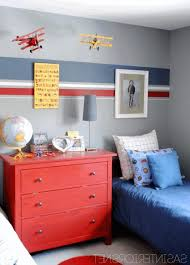 9 year old boy bedroom decorating ideas light brown wooden