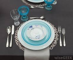 Decorative Plastic Plates What Is A Decorative Charger Plate With Pictures