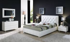 Bedroom Furniture On Line Characteristics Of Contemporary Master Bedroom Furniture