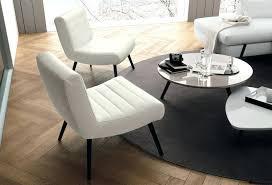 canapé pour petit salon canape ou fauteuil pour petit salon design socialfuzz me