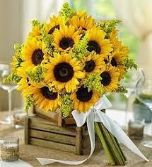 sunflower wedding bouquet adorable yellow sunflower wedding