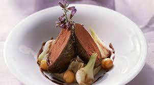 cuisiner du chevreuil au four purées de marrons et filet de chevreuil la recette pour noël