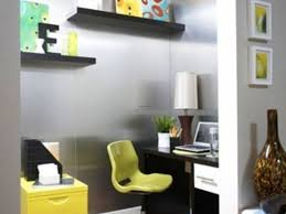 Office Space Decorating Ideas Home Office Decorating A Small Office At Work Small Office