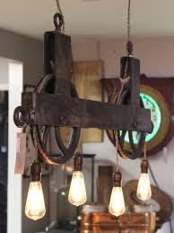 Rustic Lighting Chandeliers Best 25 Rustic Chandelier Ideas On Pinterest Diy Chandelier