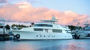 cape cod luxury yacht charter iyc