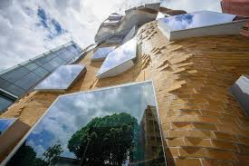 Frank Gehry by Dr Chau Chak Wing Building Wikipedia