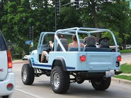 jeep scrambler lifted some suburb pics 56k beware chicago evanston chapel private