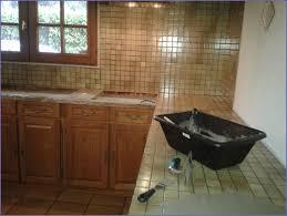 rénover plan de travail cuisine carrelé renover un plan de travail carrel beton cire sur carrelage de