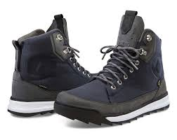 s boots sale canada volcom s shoes boots and booties canada retailers volcom