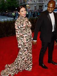 Kim Kardashian Pregnant Meme - kim kardashian misfires at met ball 2013 with slit to the thigh