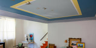 learn how to paint an accent pattern on your ceiling how tos diy how to paint a decorative pattern on a ceiling
