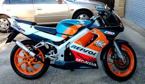just 2 strokes the honda nsr150sp