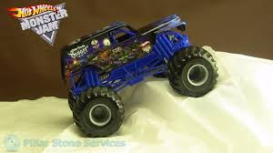 monster jam 1 24 scale trucks wild hair wheels monster jam 1 64 scale metal base small hub