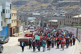 cerro de pasco noticias de cerro de pasco diario correo pobladores de cerro de pasco inician marcha de sacrificio hacia lima