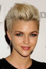 Frisuren Wilder Bob by 56 Best Frisuren Piercings Images On Hairstyles
