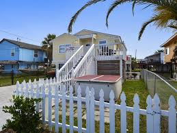 vacation home crabbin u0027 cabin galveston tx booking com