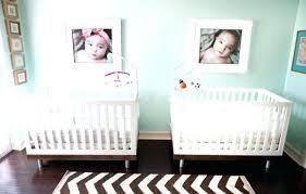 chambre jumeaux fille gar n chambre bebe jumeaux ration chambre bebe jumeaux mixte liquidstore co