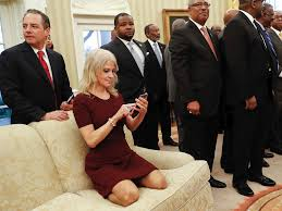 Inside The Oval Office Kellyanne Conway Oval Office Couch Photo Sparks Outrage Business