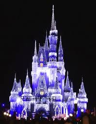 cinderella castle dream lights at magic kingdom in walt disney