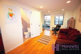Dog Friendly Laminate Flooring Pet Friendly Duplex W Balcony In Building Laundry Elevator And