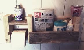 pallet bathroom shelf with toilet paper holder 99 pallets