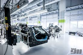 Porsche 918 Engine Specs - heres some scattered bodywork that was either thrown from the car