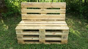 banc de cuisine en bois avec dossier cuisine ment fabriquer un banc rustique en palette comment avec