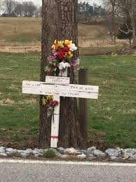 roadside crosses for sale roadside markers for fatal crash victims mourning aid or safety